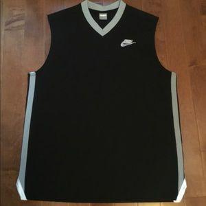 Nike sleeveless v-neck athletic jersey